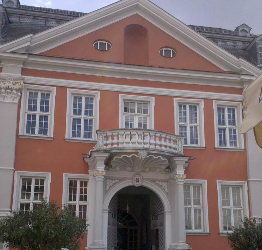 http://julia-und-steven.de/images/rathaus.jpg